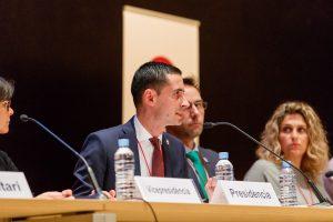 El alcalde de Mislata, Carlos Fernández Bielsa, ha presidido la mesa de la XIV asamblea de la FVMP.