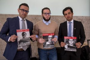 Imatge dels fotoperiodistes egipcis premiats Foto: Unió Periodistes Valencians / Biel Aliño