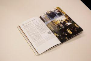 La presentación del catálogo de la Biennal Miquel Navarro.