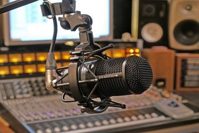 dia-radio