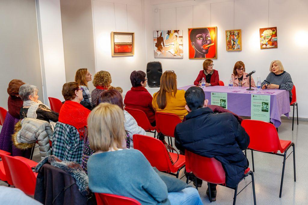 presentacion-libro-carmen-amoraga-jornadas-de-la-mujer-2